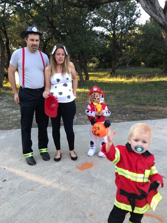 Easy Family Costume Idea - Firemen and Dalmatians